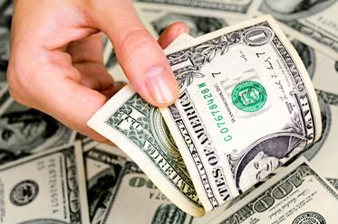 Fed może podnieść dolara, jeśli rynek da się przekonać