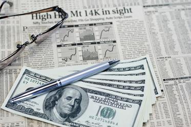 Dolar w cieniu bezpiecznych przystani